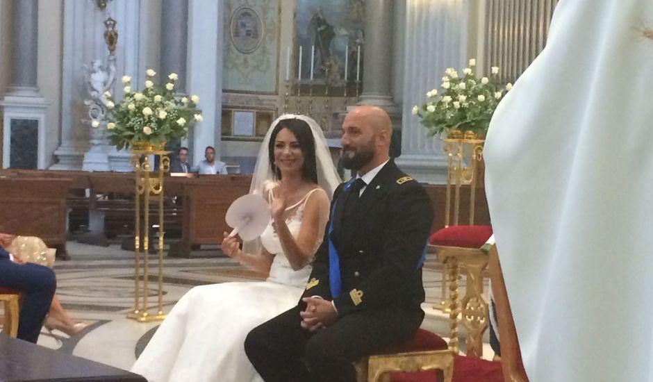 Il matrimonio di Mariano  e Consuelo  a Napoli, Napoli