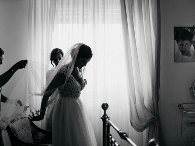 Il matrimonio di Francesco e Rossella a Trani, Bari 32