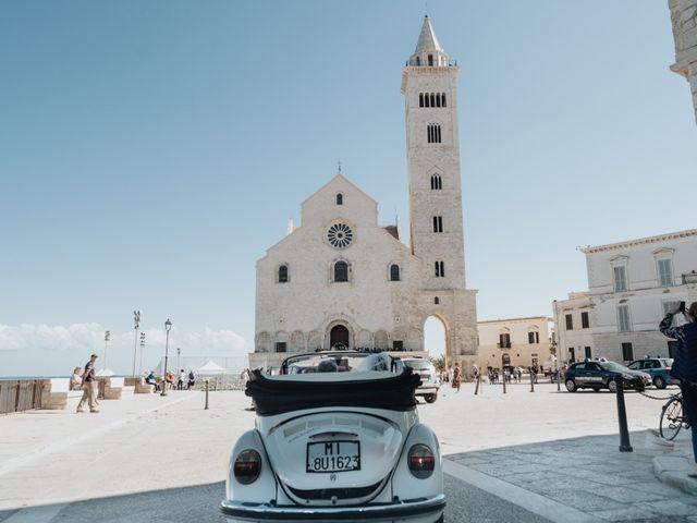 Il matrimonio di Francesco e Rossella a Trani, Bari 48