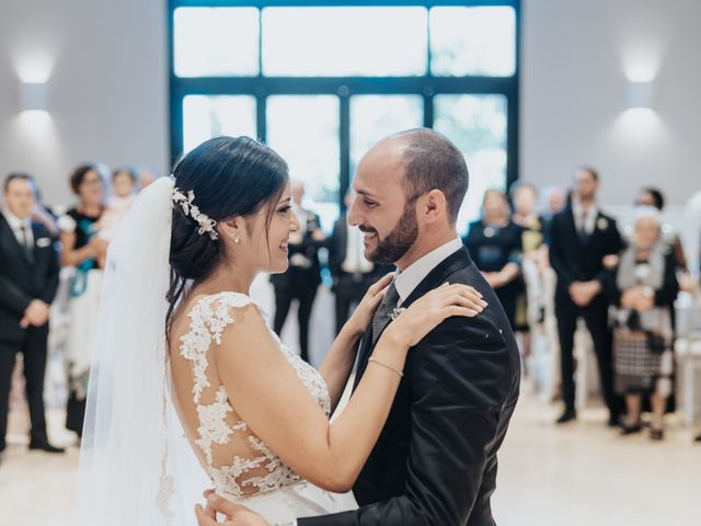 Il matrimonio di Francesco e Rossella a Trani, Bari 126
