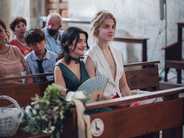 Il matrimonio di Matteo e Sara a Torre del Lago, Lucca 25