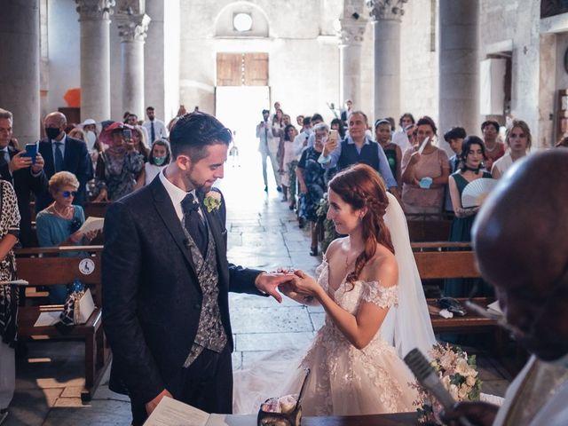 Il matrimonio di Matteo e Sara a Torre del Lago, Lucca 26