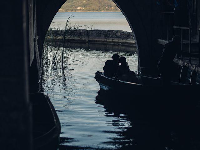 Il matrimonio di Matteo e Sara a Torre del Lago, Lucca 39