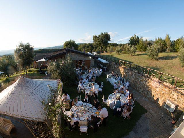 Il matrimonio di Yuseff e Katie a Bibbiena, Arezzo 24