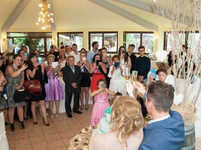 Il matrimonio di Luca e Eleonor a San Severino Marche, Macerata 9