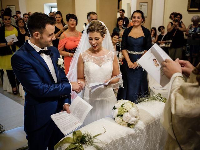 Il matrimonio di Danny e Martina a Pontremoli, Massa Carrara 57