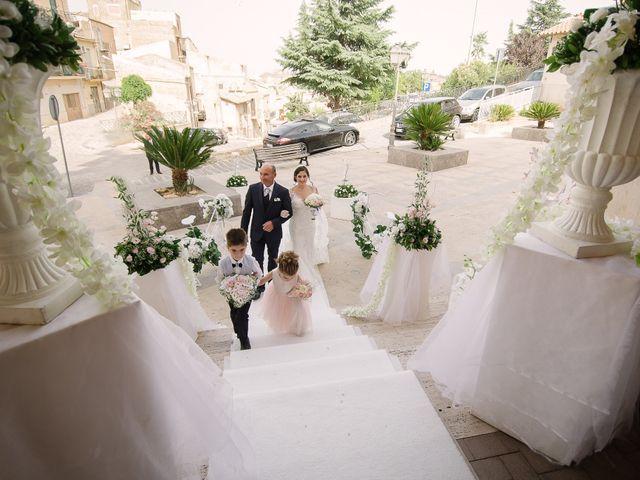 Il matrimonio di Walter e Selenia a Canicattì, Agrigento 25
