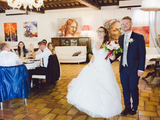 Il matrimonio di Mirco e Valentina a Nervesa della Battaglia, Treviso 19