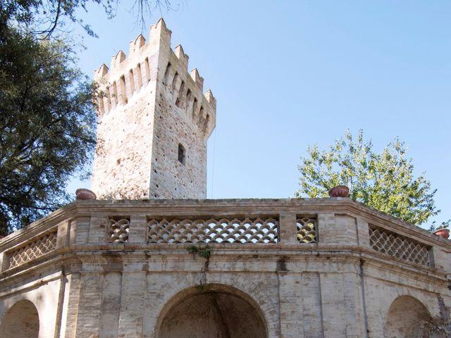 Il matrimonio di Francesco e Loredana a Porto San Giorgio, Fermo 15