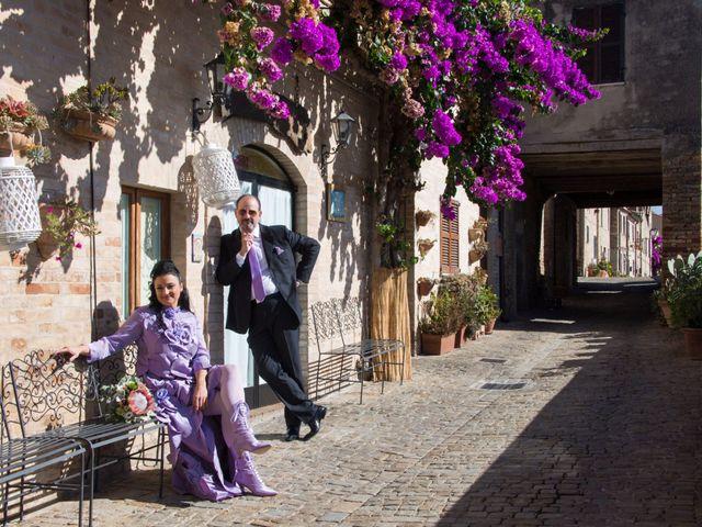 Il matrimonio di Francesco e Loredana a Porto San Giorgio, Fermo 17