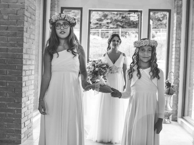 Il matrimonio di Luca e Debora a Grandate, Como 24