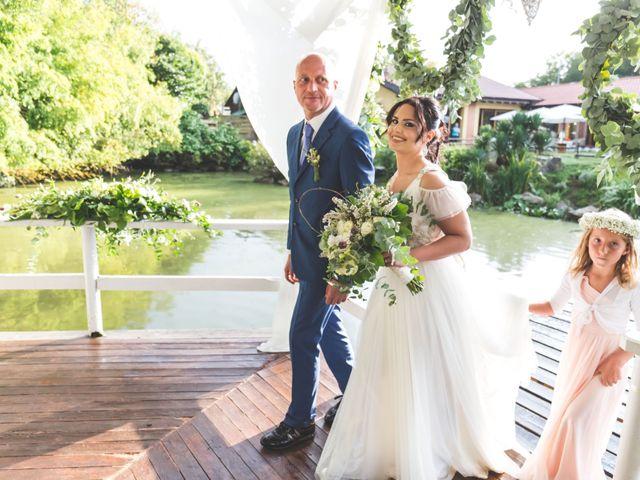 Il matrimonio di Luca e Debora a Grandate, Como 36