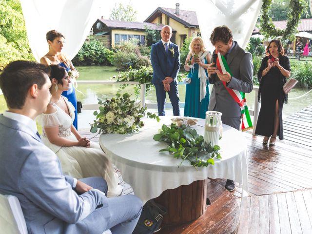 Il matrimonio di Luca e Debora a Grandate, Como 39