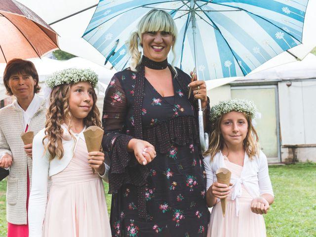 Il matrimonio di Luca e Debora a Grandate, Como 60