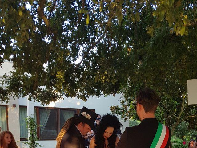 Il matrimonio di Lucia e Giuseppe a Mottola, Taranto 11