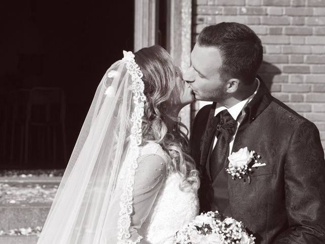 Il matrimonio di Christian e Stella a Cogliate, Monza e Brianza 40