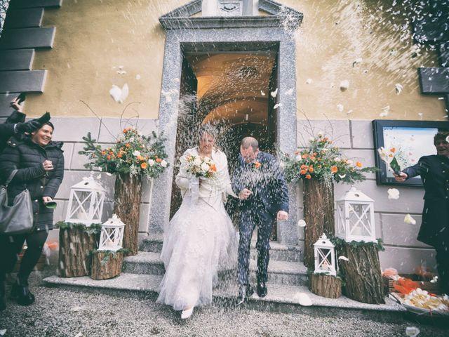 Il matrimonio di Roberto e Elisa a Erba, Como 17