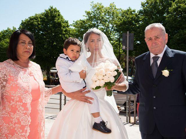 Il matrimonio di Loris e Annie a Potenza Picena, Macerata 12