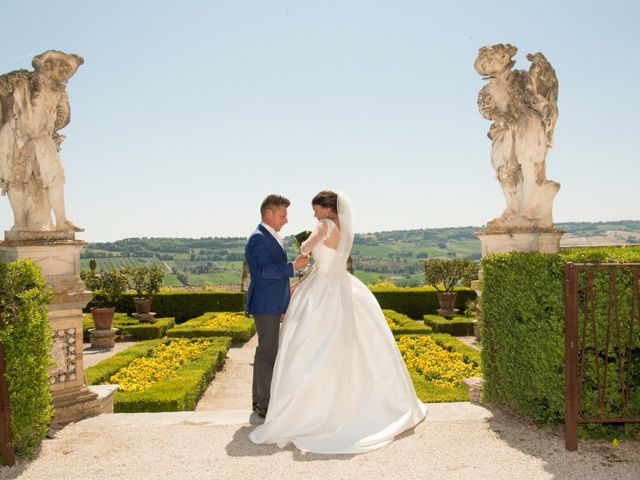 Il matrimonio di Loris e Annie a Potenza Picena, Macerata 27