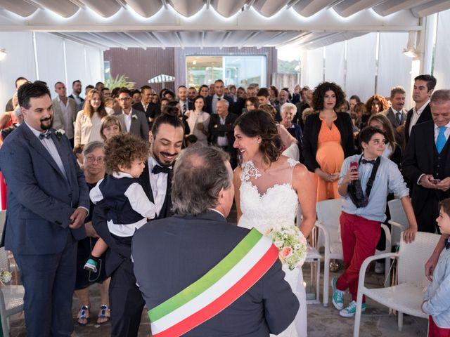 Il matrimonio di Francesco e Linda a Viareggio, Lucca 19