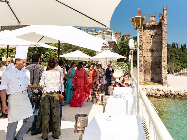 Il matrimonio di Michele e Paola a Sirmione, Brescia 15