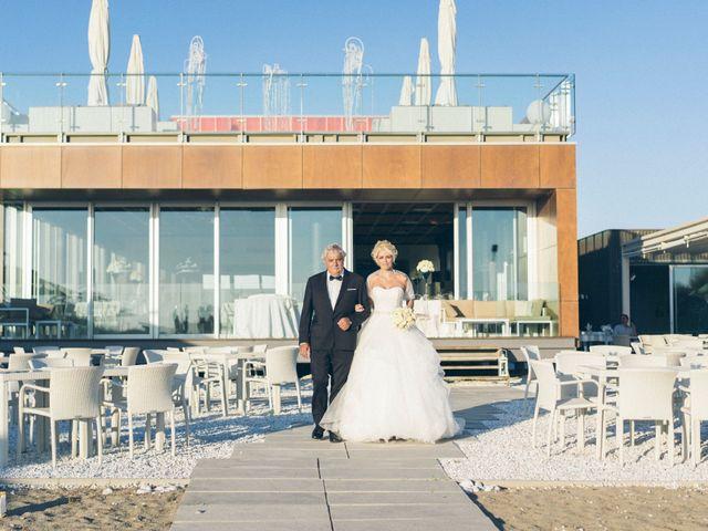 Il matrimonio di Alessandro e Sara a Viareggio, Lucca 14