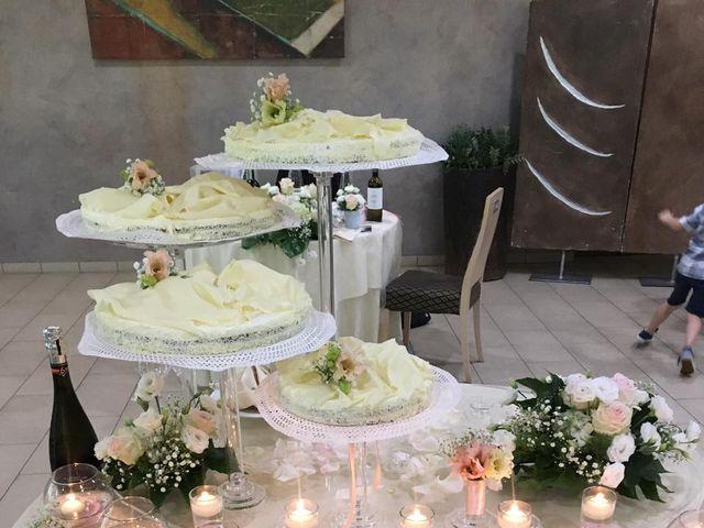 Il matrimonio di Angelo e Manuela  a Cherasco, Cuneo 12