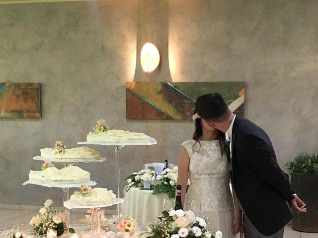 Il matrimonio di Angelo e Manuela  a Cherasco, Cuneo 24