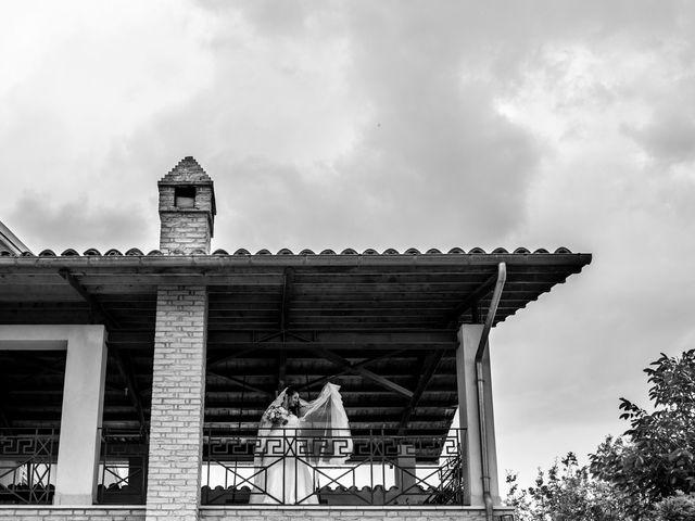 Il matrimonio di Davide e Sorina a Tocco da Casauria, Pescara 18