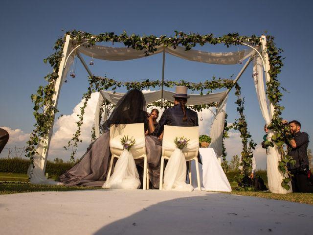 Il matrimonio di Antonio  e Erica  a Salvirola, Cremona 17