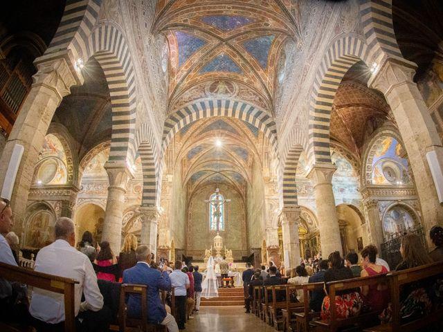 Il matrimonio di Andrea e Andreea a San Gimignano, Siena 16