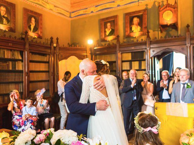 Il matrimonio di Mirko e Tania a Oleggio Castello, Novara 37