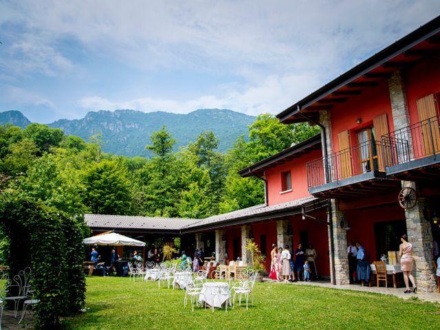 Il matrimonio di Bernard e Alice a Sant'Omobono Imagna, Bergamo 38