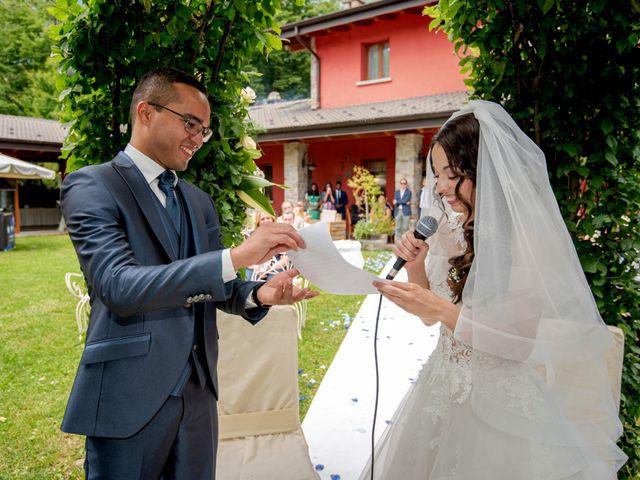 Il matrimonio di Bernard e Alice a Sant'Omobono Imagna, Bergamo 76