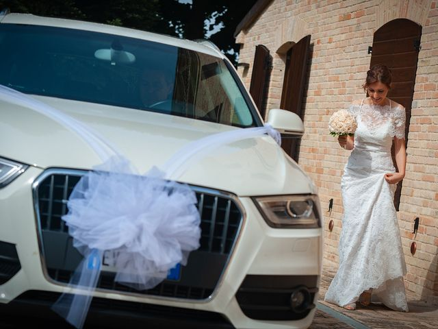 Il matrimonio di Vanessa e Gianluca a Montecassiano, Macerata 10