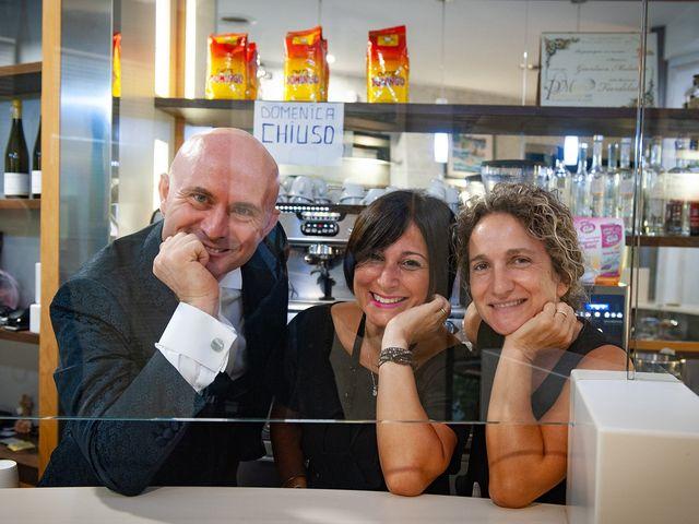 Il matrimonio di Vanessa e Gianluca a Montecassiano, Macerata 16