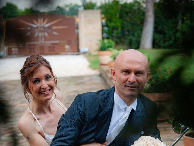 Il matrimonio di Vanessa e Gianluca a Montecassiano, Macerata 23