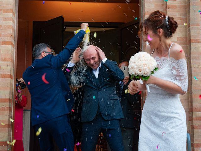 Il matrimonio di Vanessa e Gianluca a Montecassiano, Macerata 40