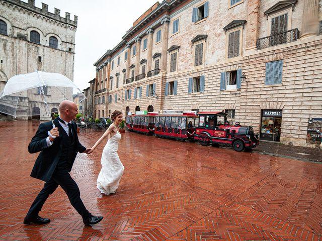 Il matrimonio di Vanessa e Gianluca a Montecassiano, Macerata 46