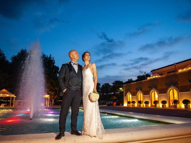 Il matrimonio di Vanessa e Gianluca a Montecassiano, Macerata 54