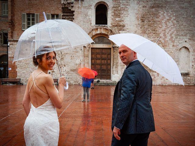 Il matrimonio di Vanessa e Gianluca a Montecassiano, Macerata 61