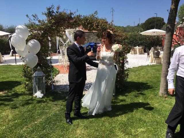 Il matrimonio di Matteo e Roberta  a Massa, Massa Carrara 15