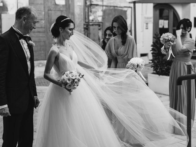 Il matrimonio di Manuel e Nilde a Città Sant'Angelo, Pescara 27