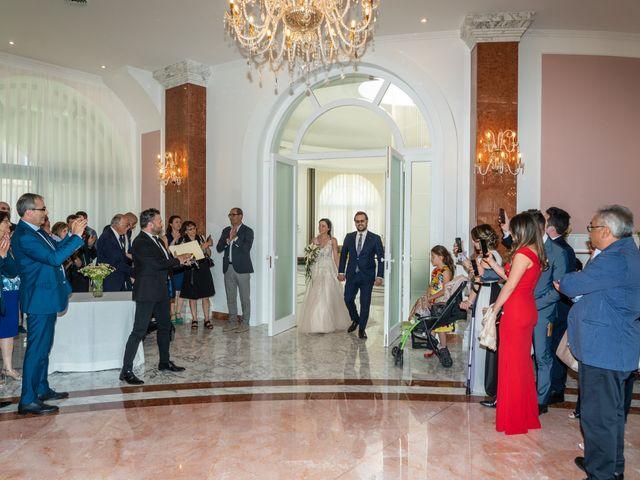 Il matrimonio di Maria Laura e Alessandro a Potenza, Potenza 14