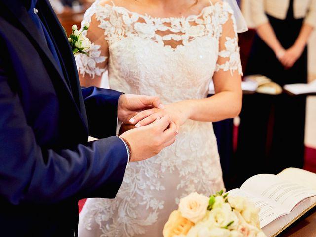Il matrimonio di Vincenzo e Serena a Canegrate, Milano 31