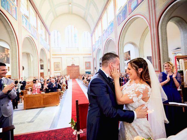Il matrimonio di Vincenzo e Serena a Canegrate, Milano 32