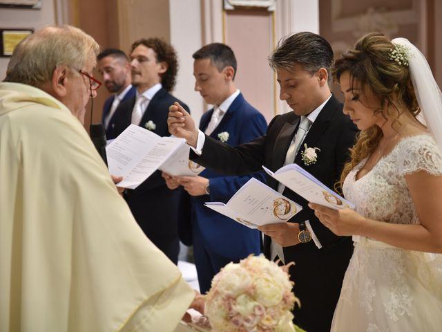 Il matrimonio di Rossella e Leo a Castellammare di Stabia, Napoli 23