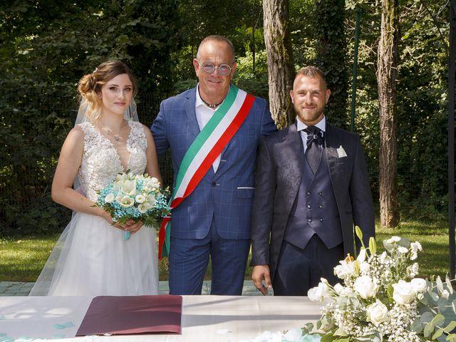 Il matrimonio di Christian e Anna a Cogliate, Monza e Brianza 43