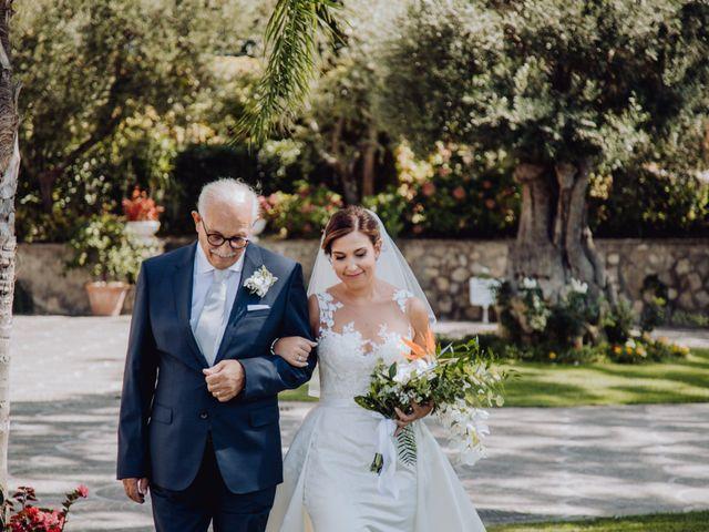 Il matrimonio di Valerio e Stefania a Massa Lubrense, Napoli 16
