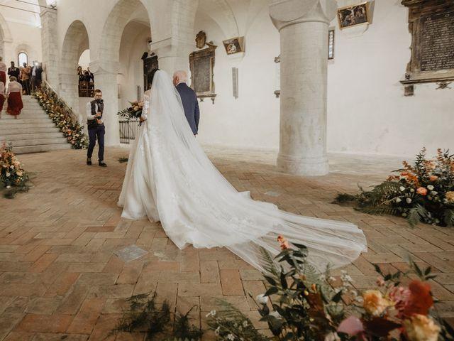 Il matrimonio di Emanuela e Danilo a San Severino Marche, Macerata 36